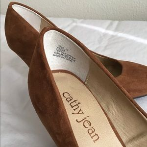 Cathy Jean Shoes - New Cathy Jean Pumps size 5.5